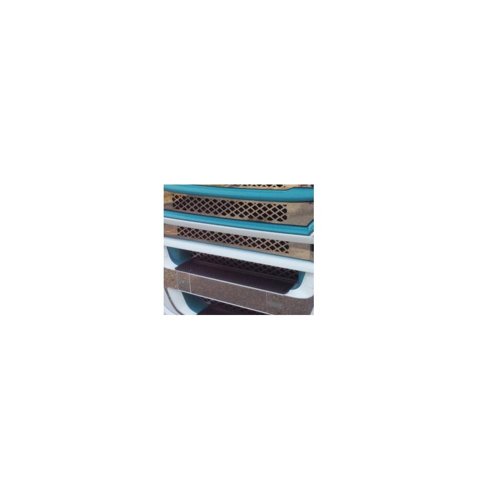 Marche pieds gauche - Mercedes MP3