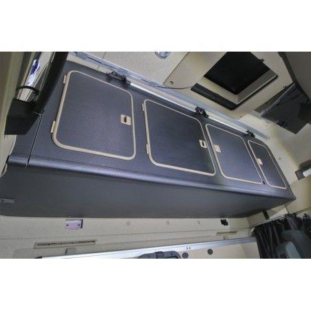 Placard 4 portes pour MERCEDES MP4 (Giga Space)