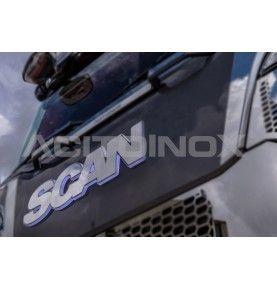 Logo inox Scania éclairé...